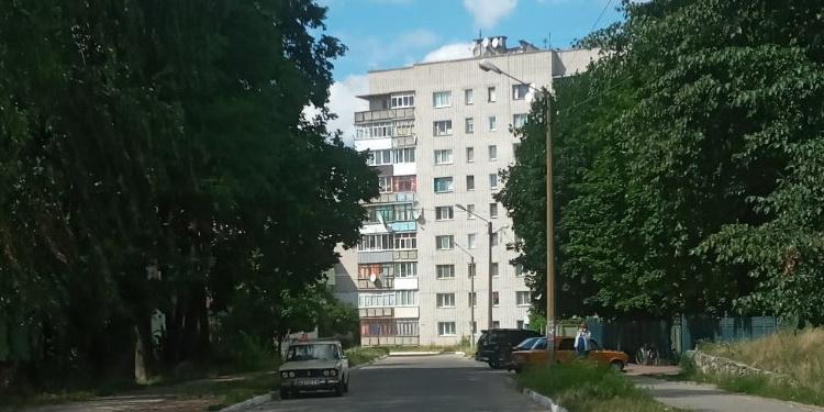 м. Шостка, вул. Прорізна 12